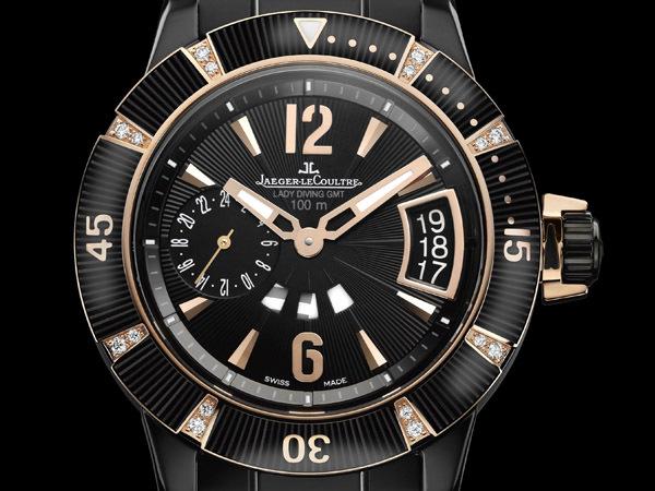 Jaeger Lecoultre Master Compressor Diving GMT Lady Céramique.  Diamants, céramique et or rose pour la plus féminine des montres de plongée.