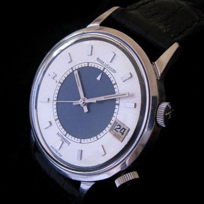 Jaeger-LeCoultre expose une collection privée  de 40 montres Memovox d'exception chez Artcurial,  du 24 au 28 novembre 2010