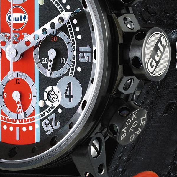 Une série de montres GULF par BRM : La montre BRM V12-44-GU-N-AG-1