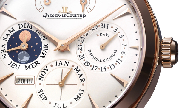 Trois complications emblématiques dans une ligne de Belle Horlogerie, Master Control de Jaeger-LeCoultre.