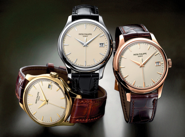 Montre Patek Philippe Calatrava 5227 version or jaune, or rose et or blanc