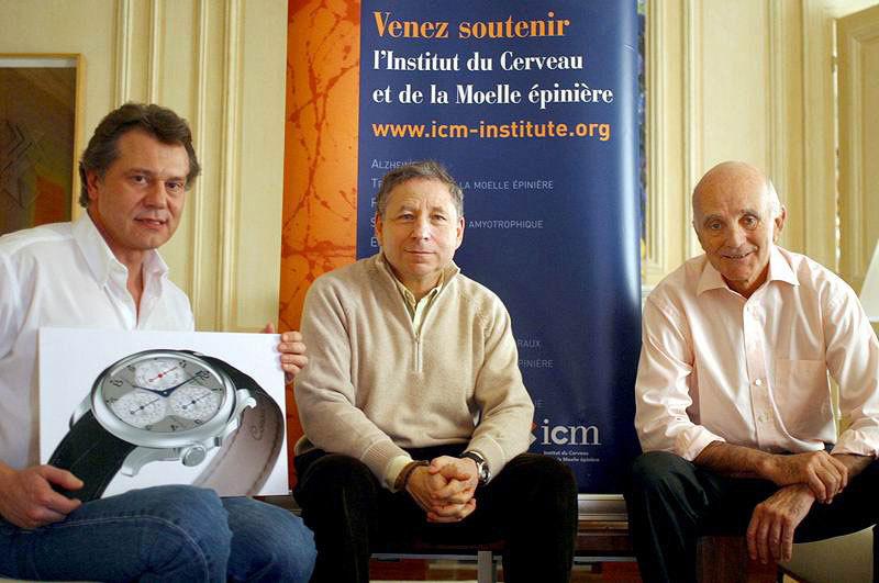 Le Centigraphe Souverain soutient l'institut ICM, Paris -créé pour la recherche contre les maladies du cerveau et de la moelle épinière. De gauche à droite : François-Paul Journe, Jean Todt, Professeur Gérard Saillant.