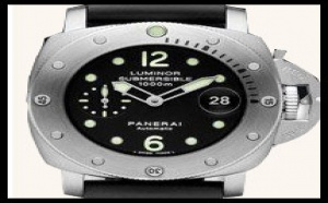 Panerai Luminor Submersible PAM243